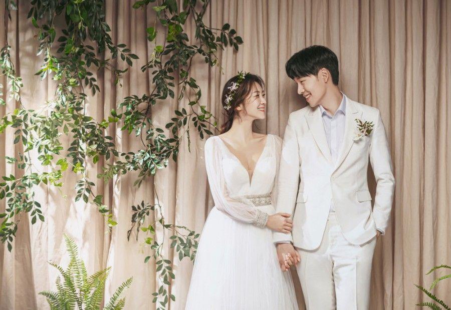 May Studio Seoul Wedding Photographer Onethreeonefour In 2020 Wedding Pre Wedding Wedding Photographers