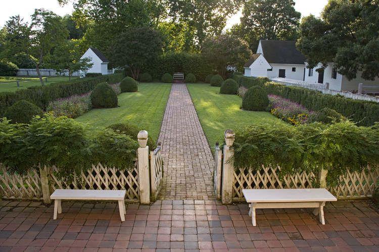 Colonial Williamsburg Gardens Colonial Garden Colonial Williamsburg Backyard