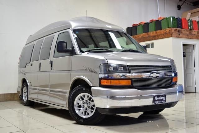 2003 Chevrolet Express Conversion Handicap Van Handicap Van Van Chevrolet