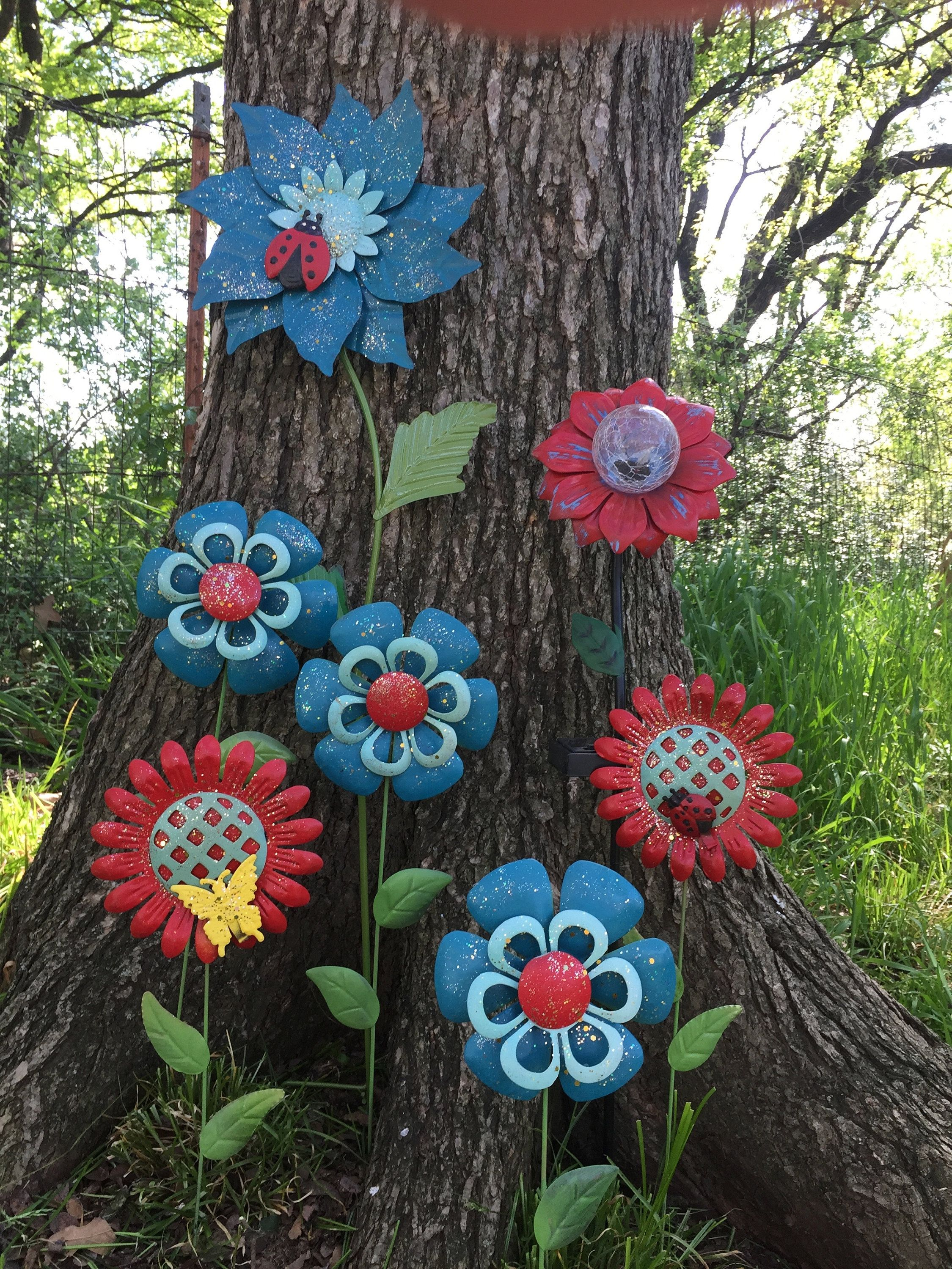 Colorful Metal Flower Garden Stakes W Solar Flower 7 Pc Teal Red