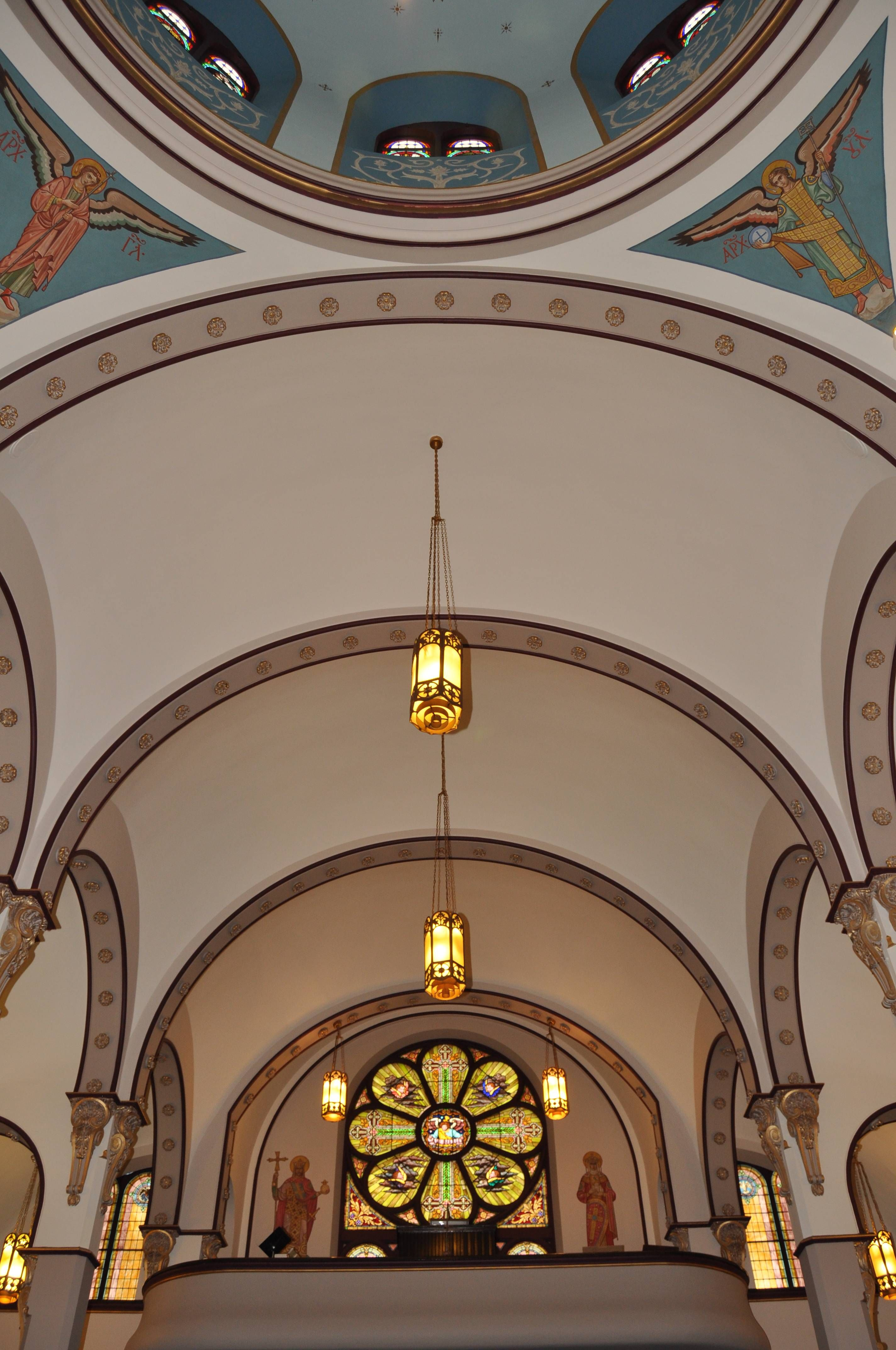 ohio st columba catholic cathedral in youngstown oh inside