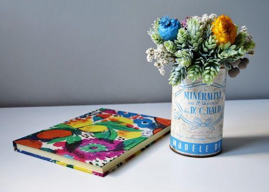 Flores secas en bote vintage de \u0027Flores en el columpio\u0027 www - flores secas