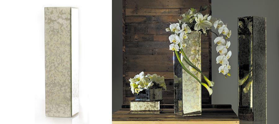 Pedestal for flowers: Antique mirrored column .. #AccentDecor
