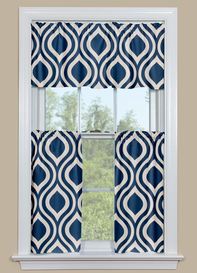 Kitchen curtain panels with retro ogee pattern in blue