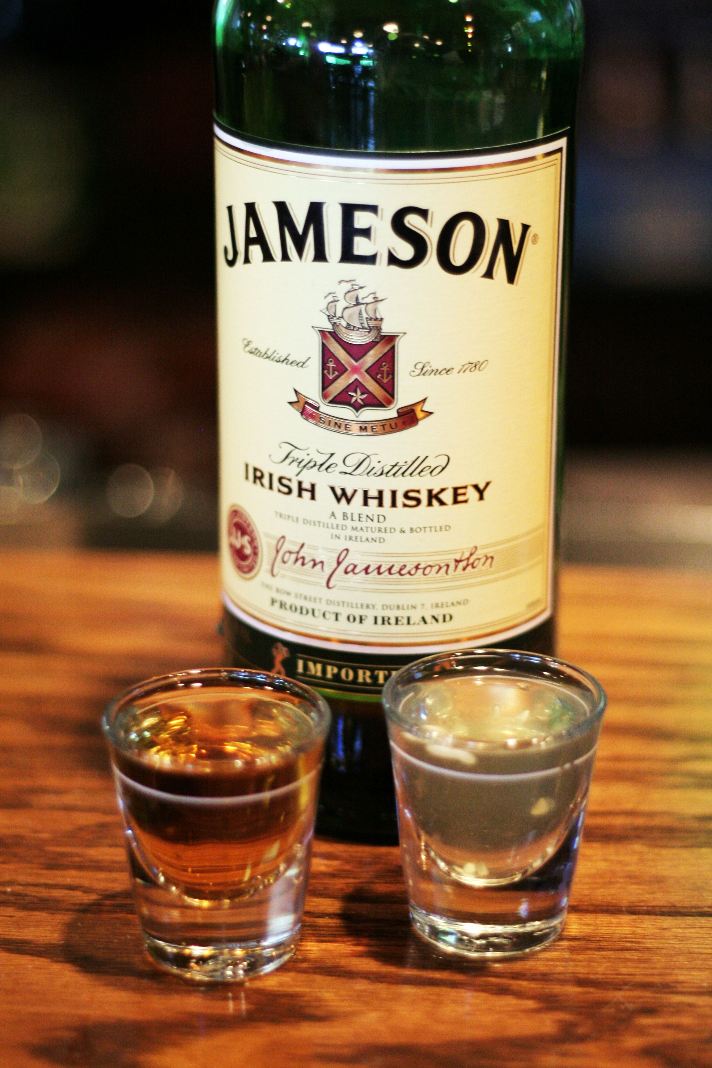 The pickle back pickle juice and jameson supposedly for Jameson mixed drinks recipes