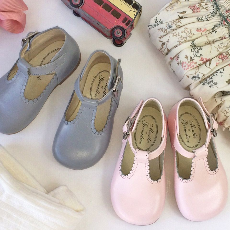 40a46ea10a0b Traditional Pink or Grey Leather T-bar Shoes for Children from Menthe et  Grenadine