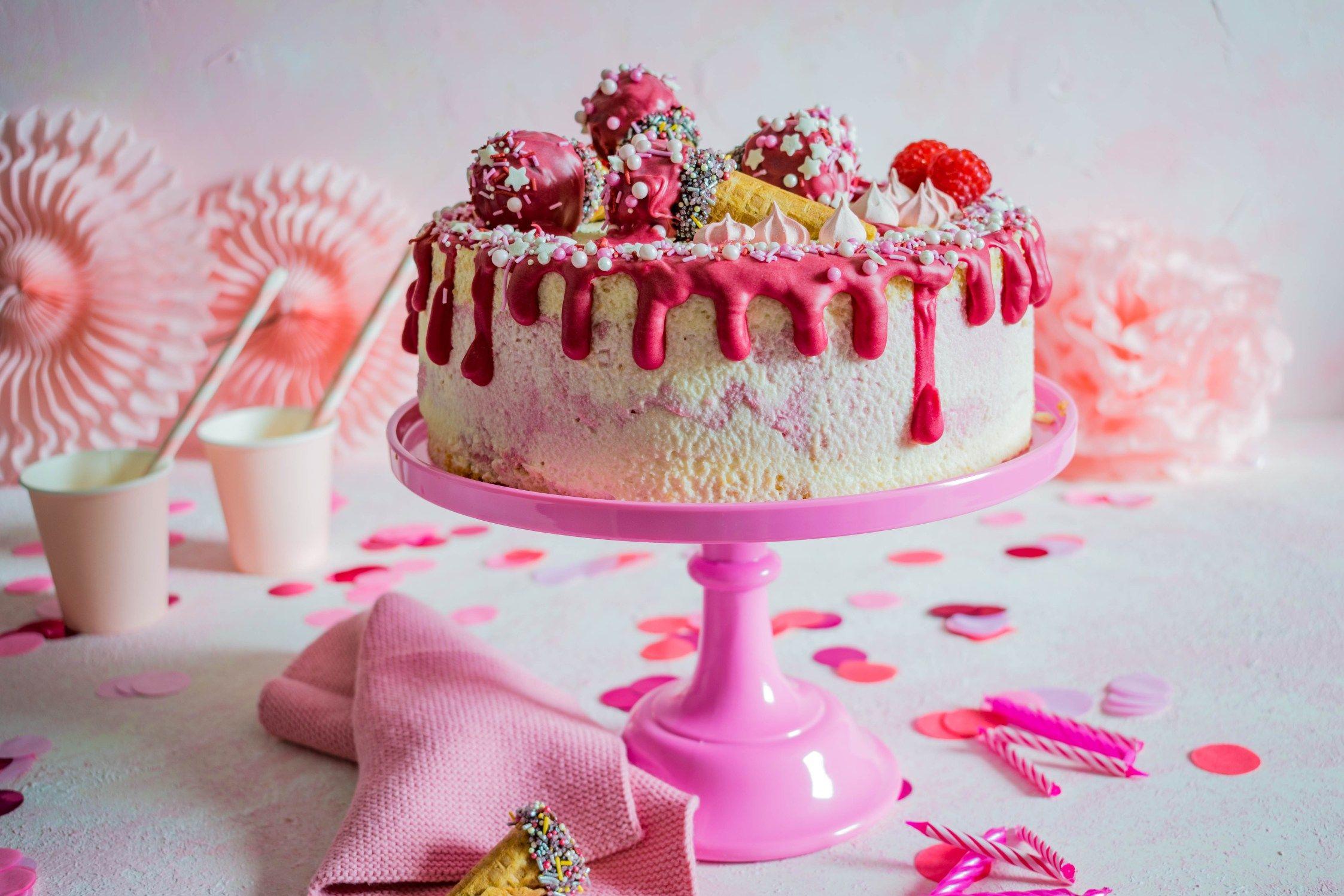 Himbeer Quark Geburtstagstorte Himbeer Quark Geburtstagstorte Madchen Kuchen
