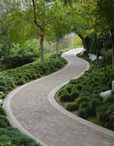 Running Bond Paver Walkway, Concrete Border Walkway and Path ...
