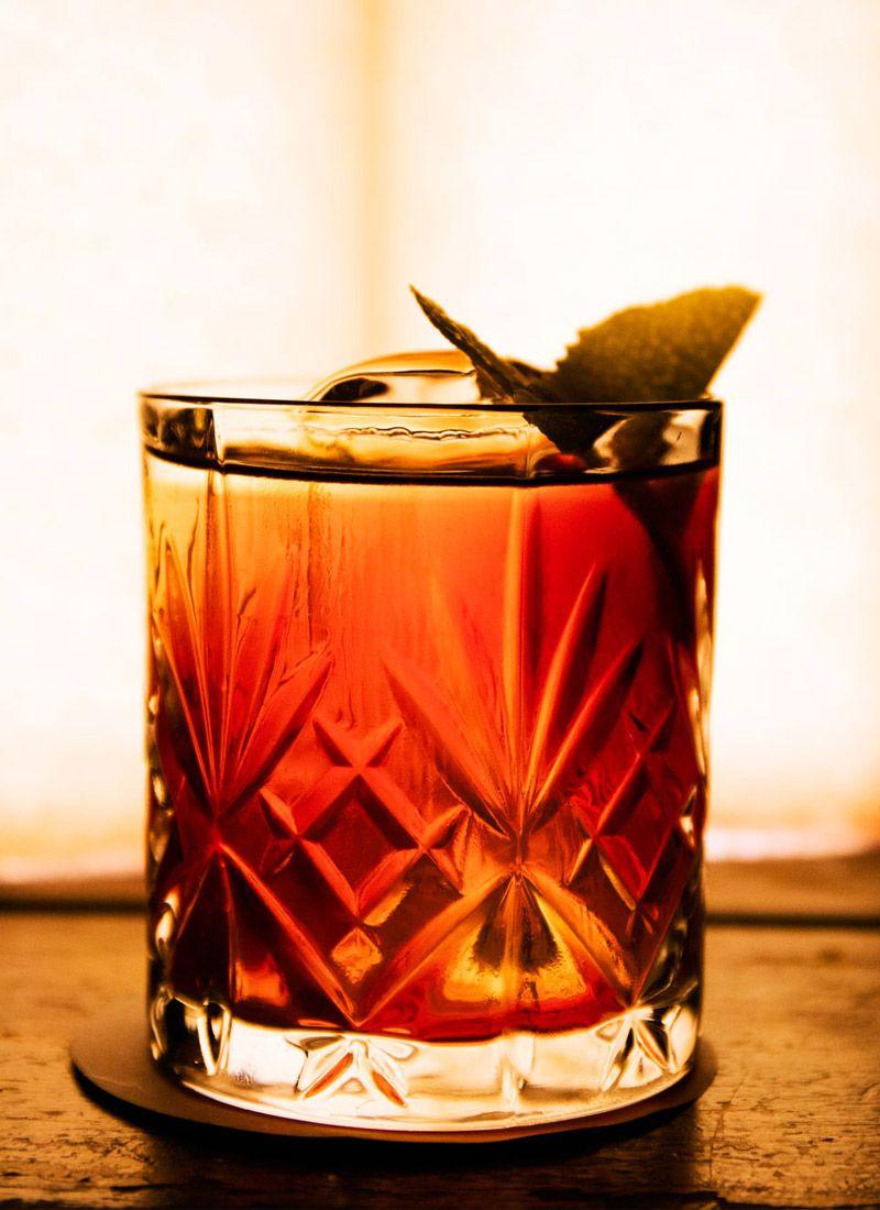 Punch Negroni Del Professore Cocktail Recipe Recipe Negroni Cocktails Best Cocktail Bars