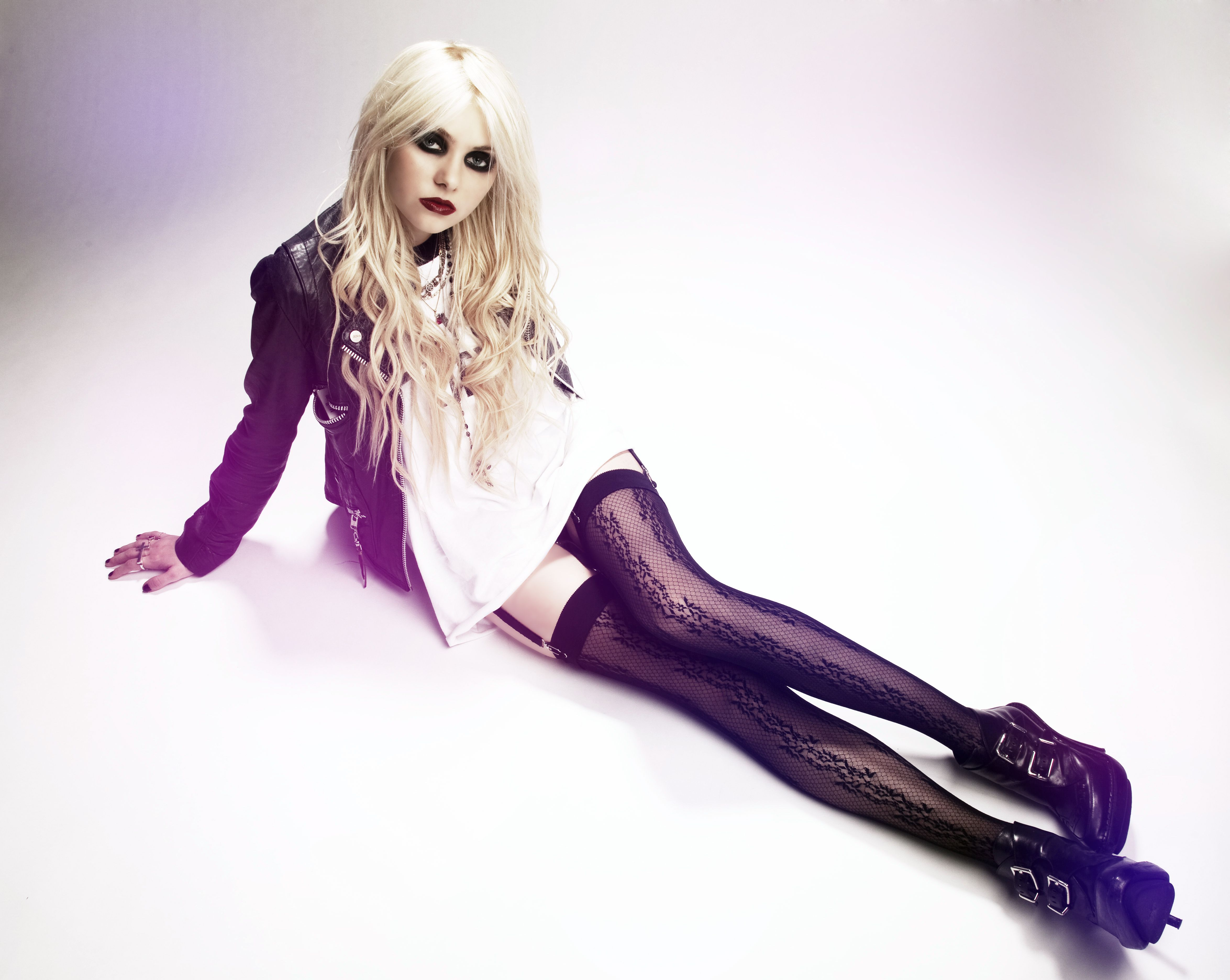 Taylor Momsen Model Glam Rock Fashion For Mary Taylor Momsen