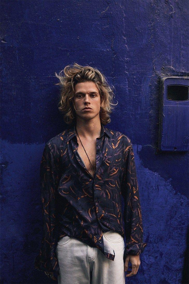 Biel Juste Models Moroccan-Inspired Style for Reserved – Erkek giysileri