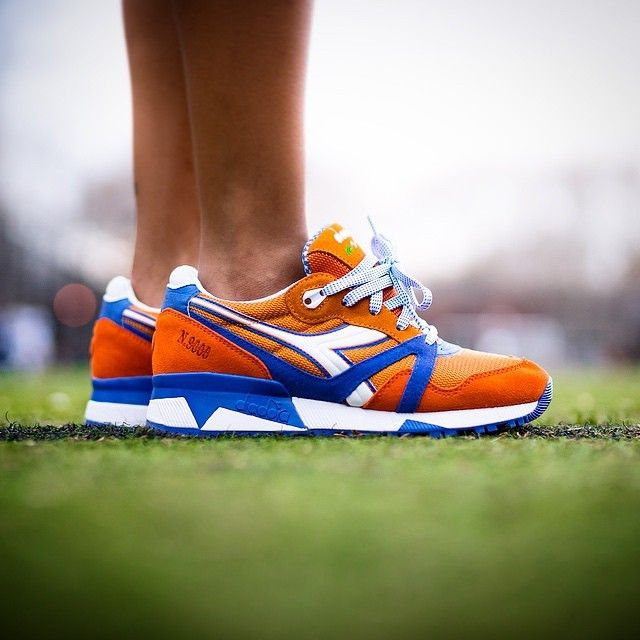This week we give the UK sneaker heads a chance to pick up the @packershoes x diadora collabo N9000  @hanonshop @end_clothing @footpatrol_ldn in limited numbers good luck 9.5.15 release #diadoraofficial_uk #diadoraoffcial_uk #diadoraoffcial_uk #hanon #endclothing #footpatrol #madeinitaly