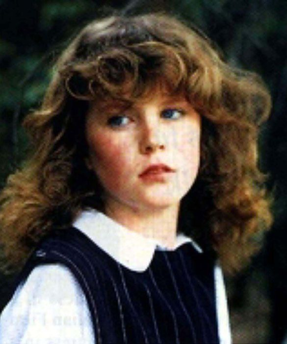 Who Am I?    A lot has changed for this mega-actress-to-be from Australia, but one thing that remains constant: her distinct red hair. She started acting as a teen in Australian movies and TV shows.