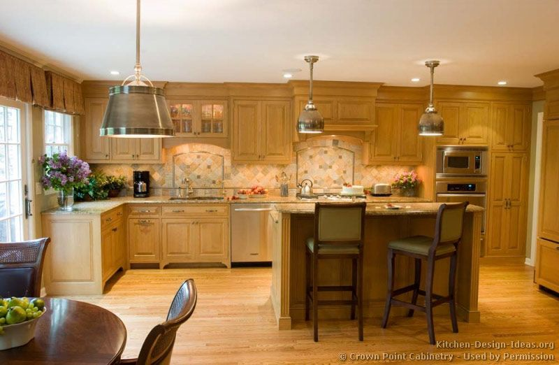 Traditional Light Wood Kitchen Cabinets #132 (Crown-Point.com ...
