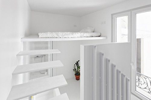mezzanine bedroom detail tiny studio apartment interior Chambre de