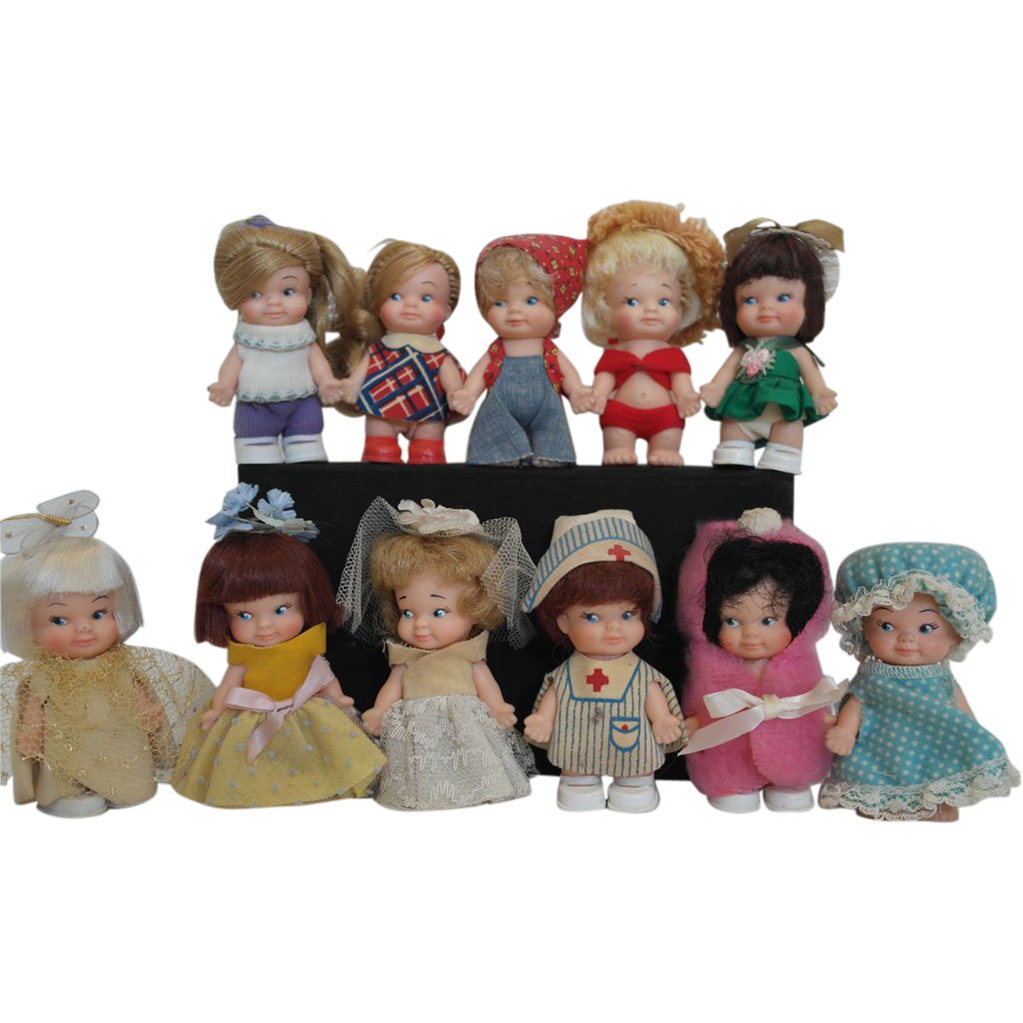 1960 S Uneeda Pee Wee Dolls 11 Of Them Vintage Dolls Old Dolls Childhood Toys