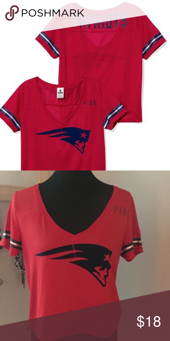 NWOT VS pink Patriots cropped jersey - medium Victoria s Secret Pink NFL  collection - New England Patriots red crop top jersey - Medium PINK  Victoria s ... e9d92b7b7