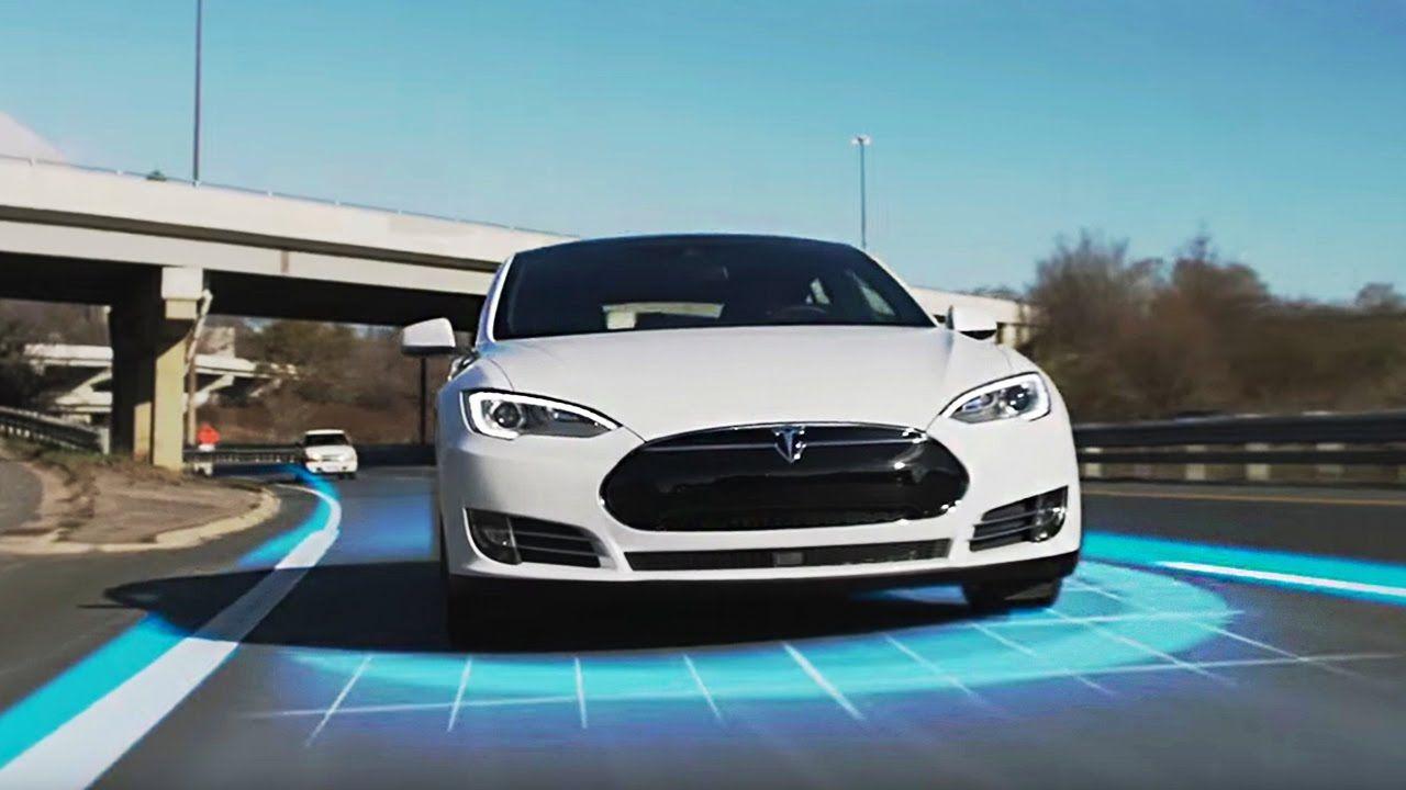 🚘TESLA Autopilot Saves Lives⛔️Stupid drivers vs Smart car
