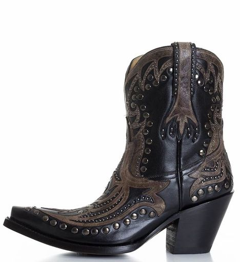 Boots, Black cowboy boots, Cowgirl boots
