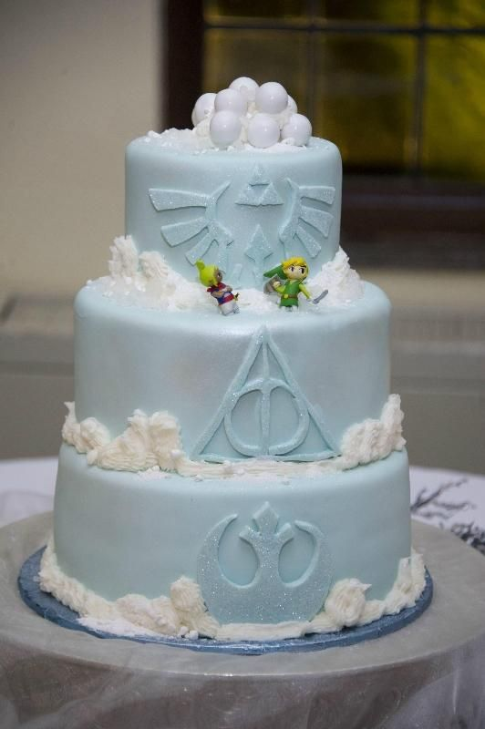 26 Nerdy Wedding Cakes To Geek Out Over Feeling Nerdy Pinterest