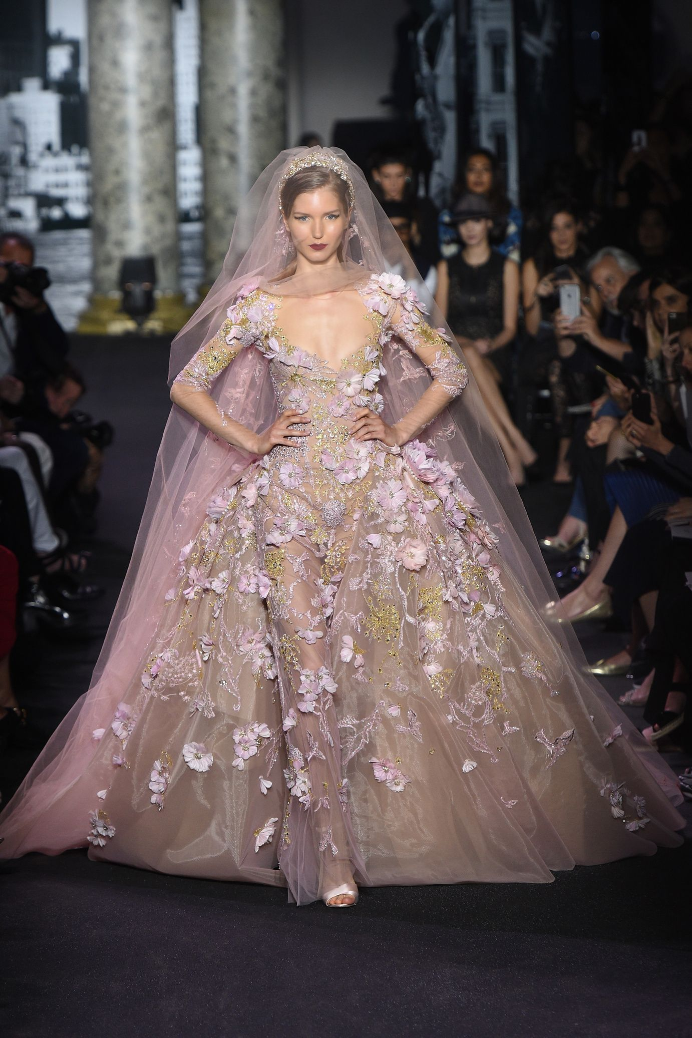 Robe de mariee fashion week 2015