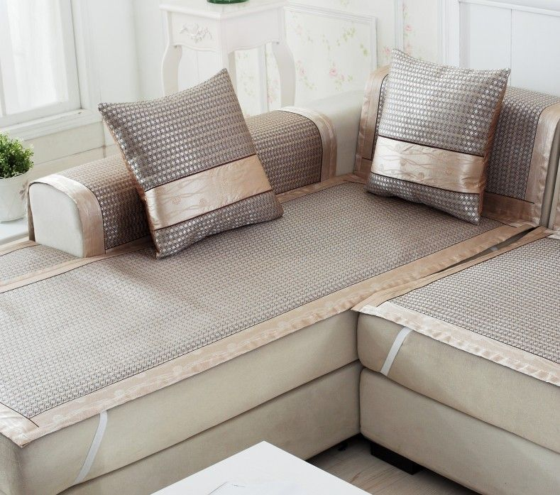 The Lazy Man S Guide To Sofa Slipcovers S Izobrazheniyami Chehly Dlya Divanov Spalnyj Meshok