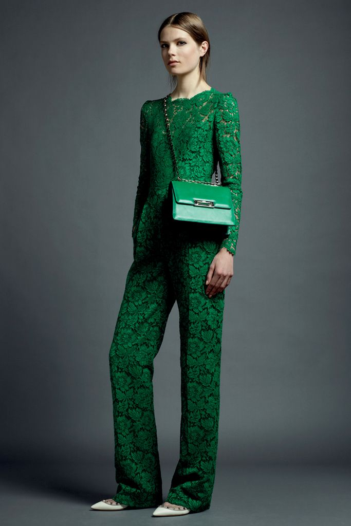 http://www.vogue.co.jp/datas/collection/13-resort/2520/1/Valentino006.jpg