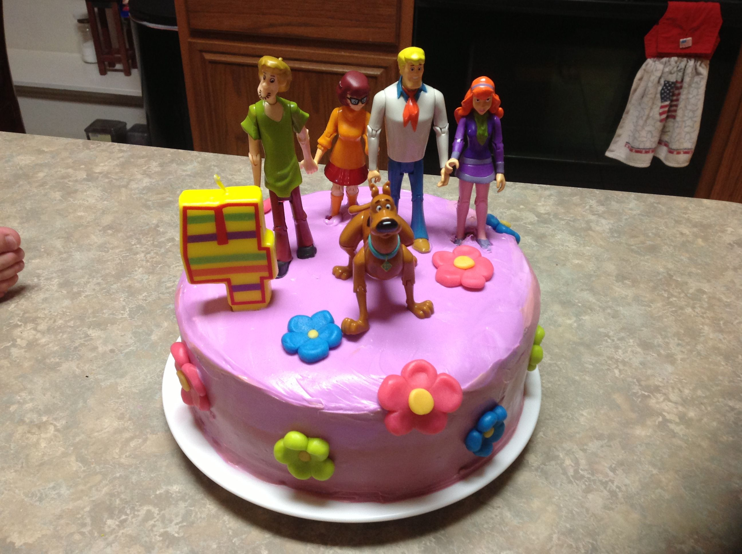 Easy Scooby Doo Cake With Tye Dyed Inside With Images Kids