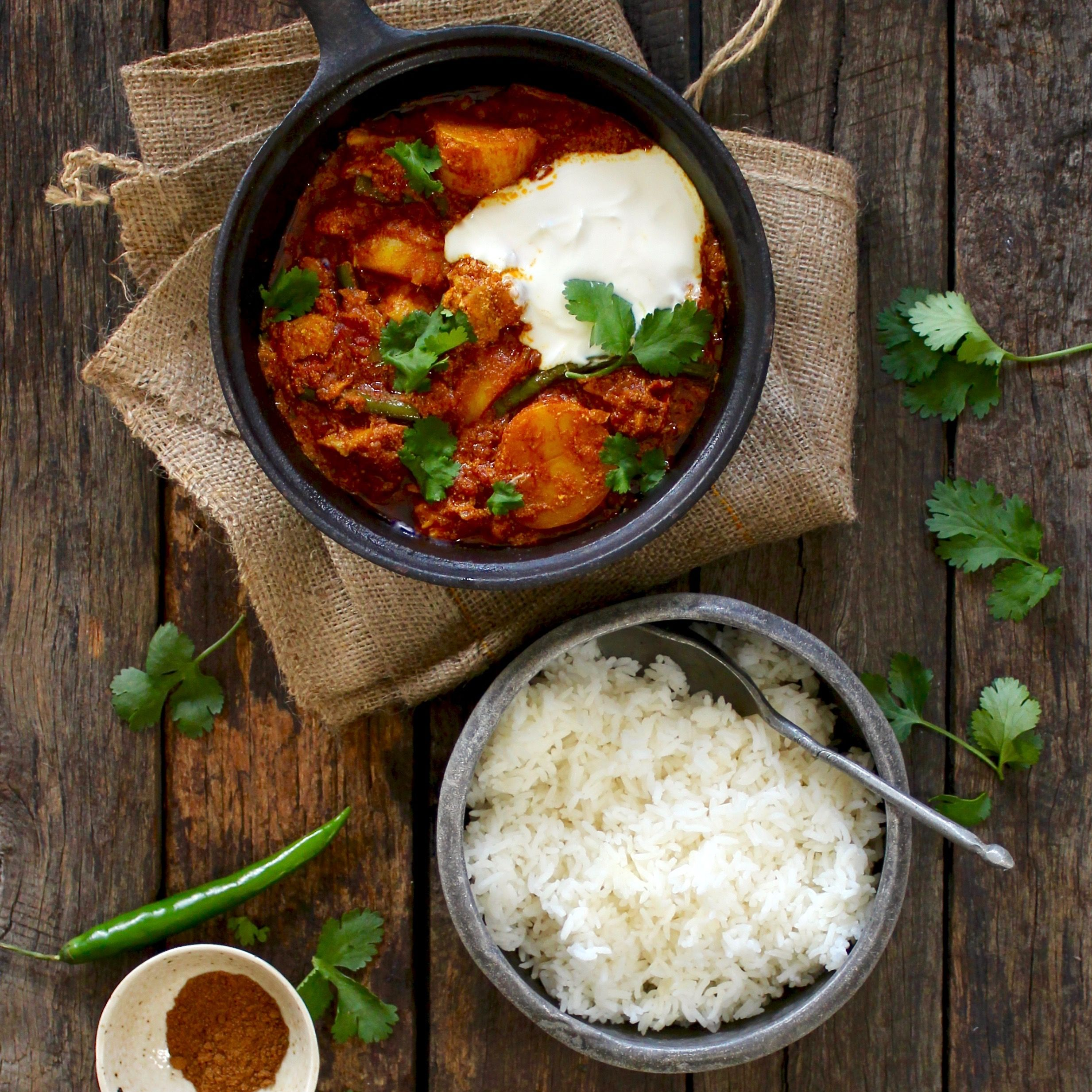 PANEER & VEGETABLE CURRY BY CARLA MCMILLAN. Paneer is a fresh, unsalted white cheese commonly used in Indian cooking. Carla's version of this classic Indian dish combines cubes of fried paneer with a richly spiced tomato and spinach gravy. 30 Minutes. Vegetarian. Gluten Free. Sugar Free.