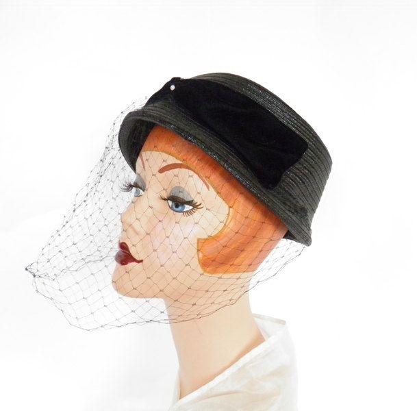 Vintage black hat 3f21d4e18c6b