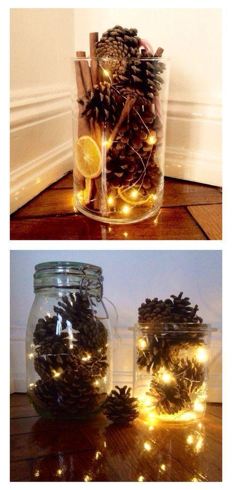 Tannenzapfen und Lichterkette in einem Weckglas - Idee #herbsttischdekorationen