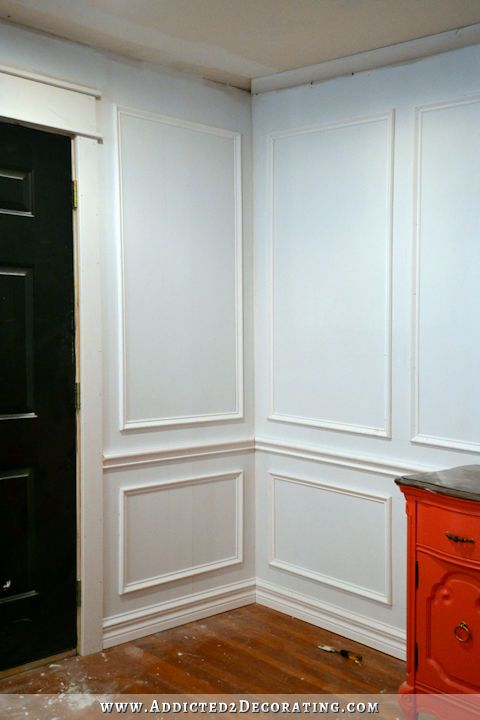 how to install picture frame moulding the easiest wainscoting style ever - Moulding Designs For Walls