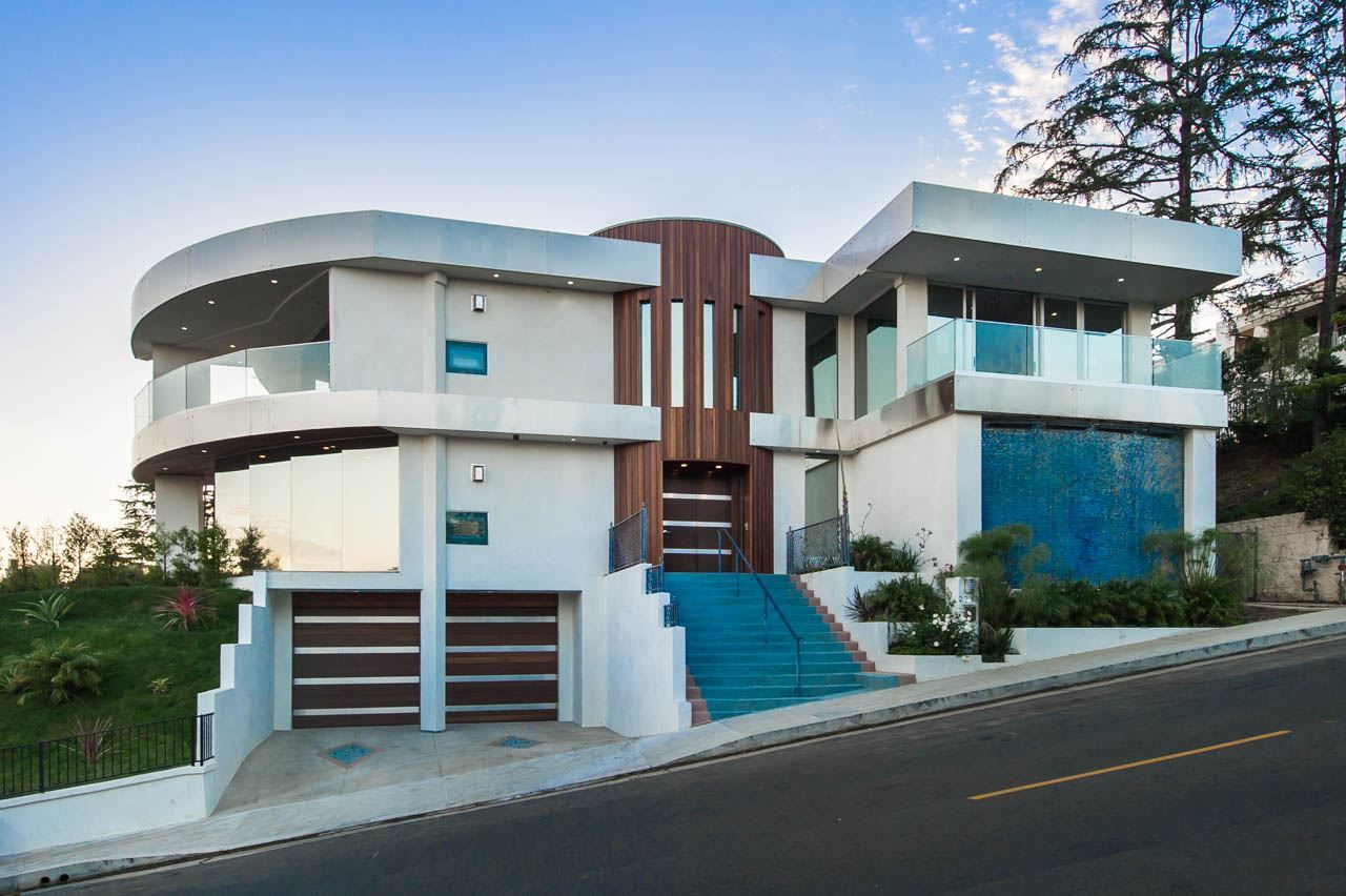 The Hercules Estate, A Hollywood Hills Modern Masterpiece   Ready For Your  Next Filming Production