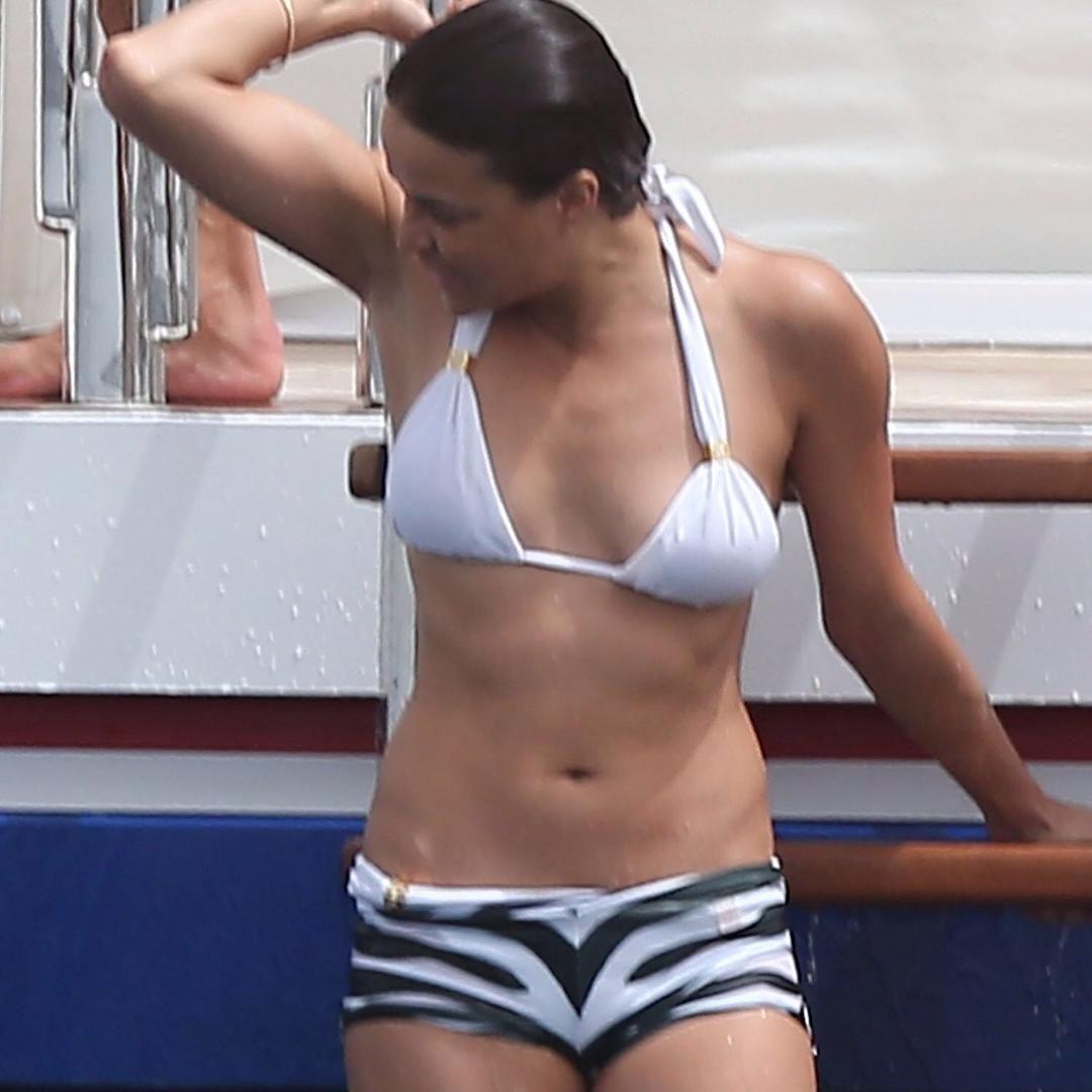michellerodriguez #bellybutton #bikini #sexyy #hot #celebrities