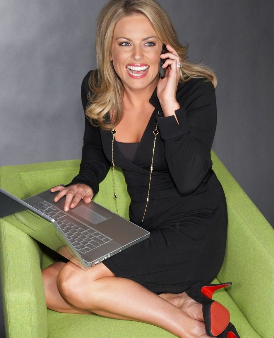 courtney friel | beautiful news anchors | fox news hosts