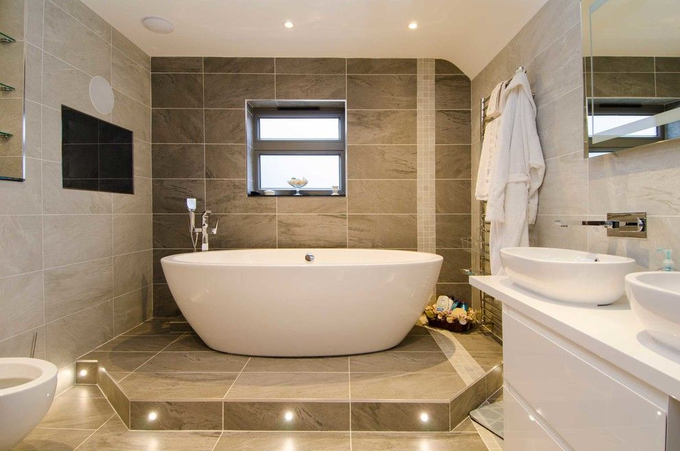 Adorable Bathroom Tile Ideas For Your Include Wall Shower Floor Bold Wallpaper Pattern Subway Etc Bathroomtile