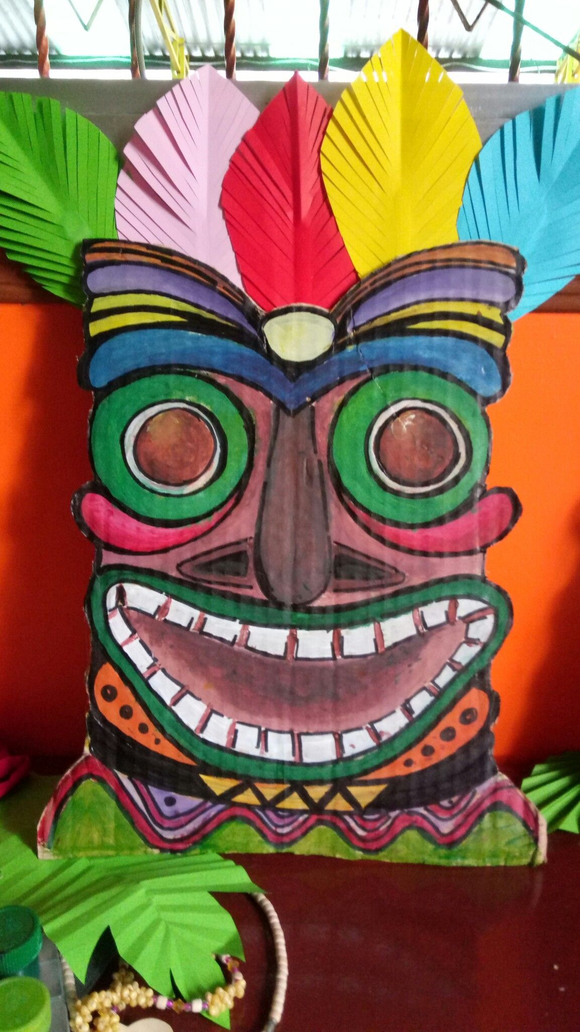 DIY Tiki Mask   door decoration   Pinterest   Luau party ...