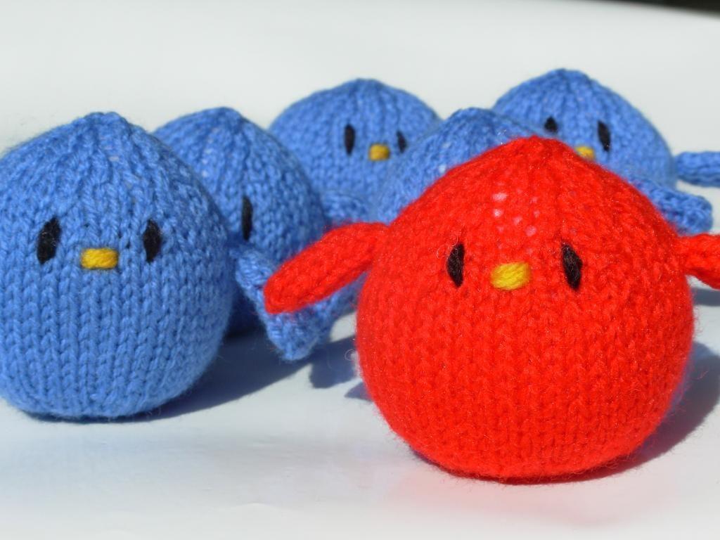 Free Knitted Amigurumi : Name knitting twitter tweet free knitted toy pattern