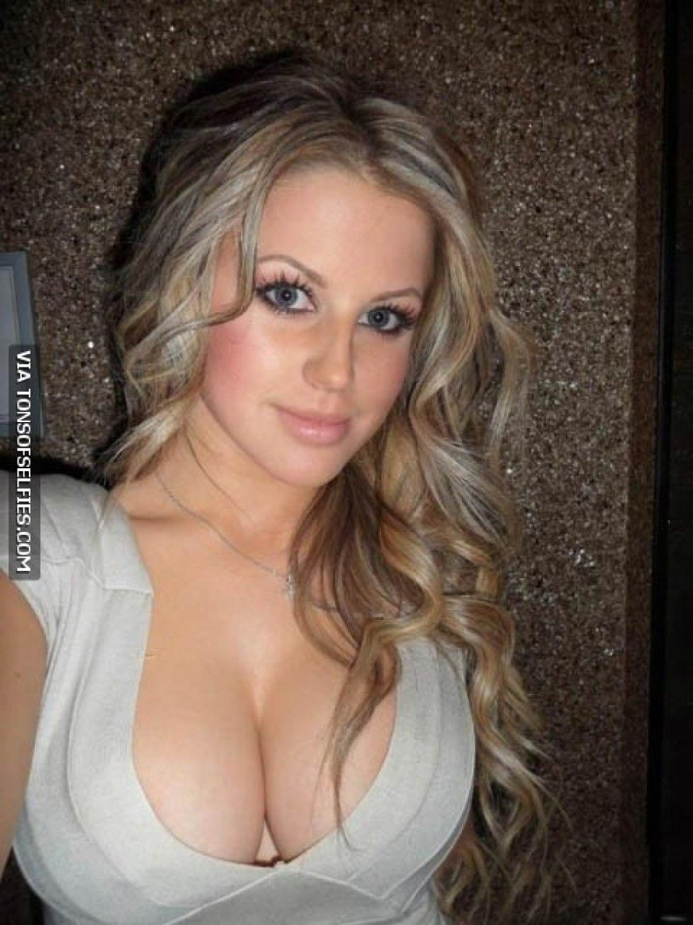 Madison Welch Nude Pics Minimalist is it wrong that i don't even see her face ;) | the real me