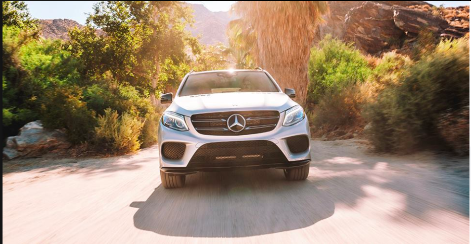 Minivans Move Over The Gle Conquers Every Road With Safety Intelligence And Power Mercedes Benz Bmw Car Benz