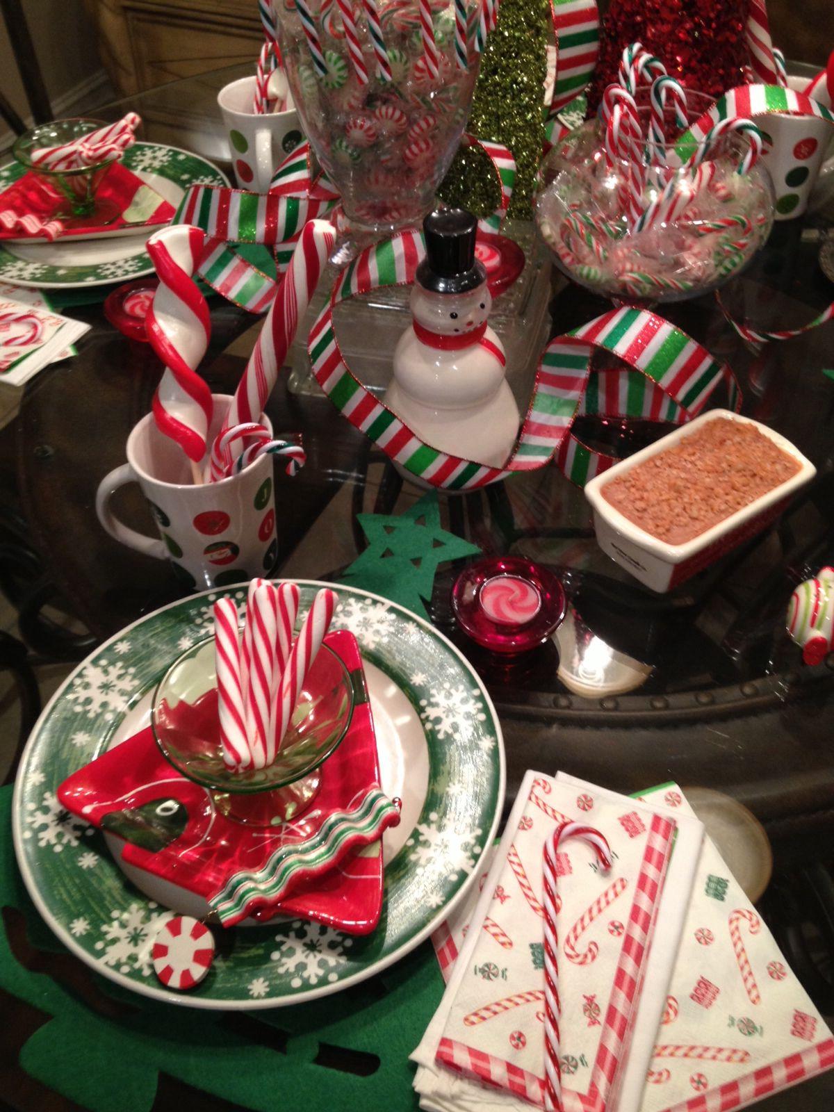 Christmas plate setting Christmas plates, Christmas
