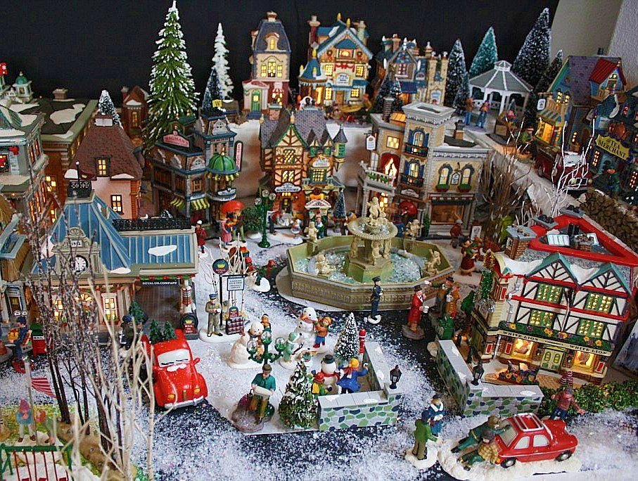 Christmas Village #9: Uptown Village Shopping