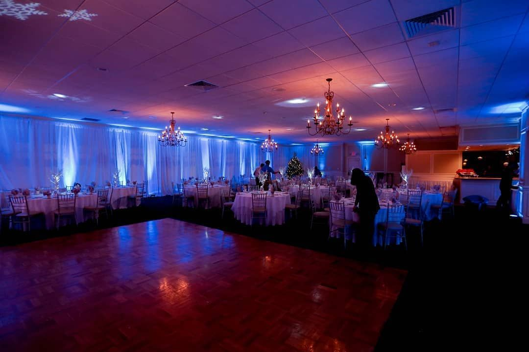 Uplighting is a great way to add ambiance to a room. Whats your favorite color? #rentmywedding #uplighting || Photographer & Planner: @lbvphilly | Uplighting & Rentals: @RentMyWedding