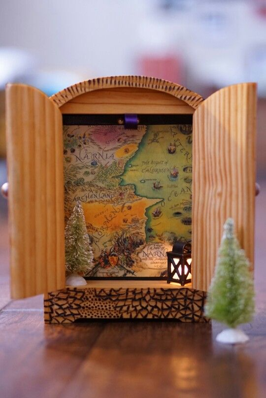 Take me to Narnia The Lion the Witch and the Wardrobe Miniature