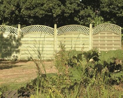Arched Lattice Trellis Fence Panel