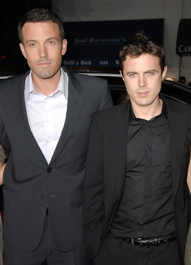 Dreamy Siblings Of Golden Globe Stars Celebrity Siblings Celebrity Families Affleck Brothers