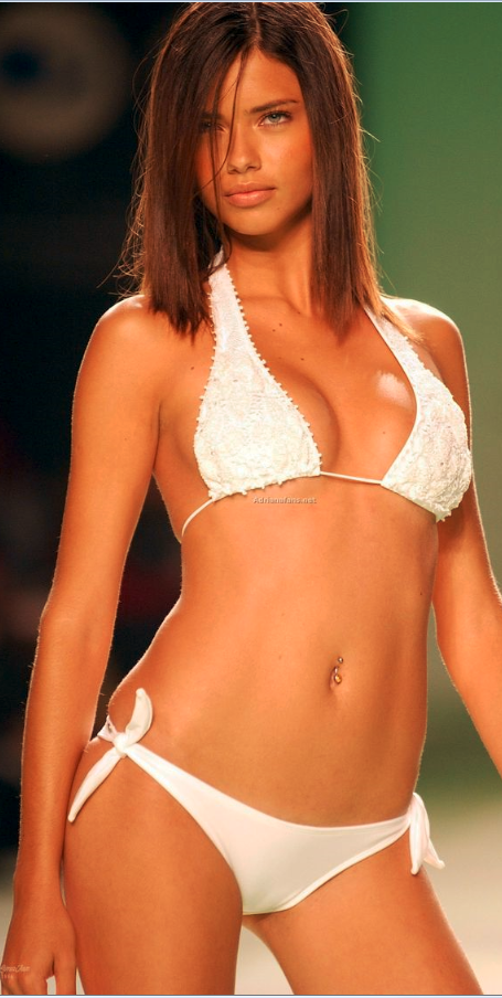 Nude adriana Victoria secret lima