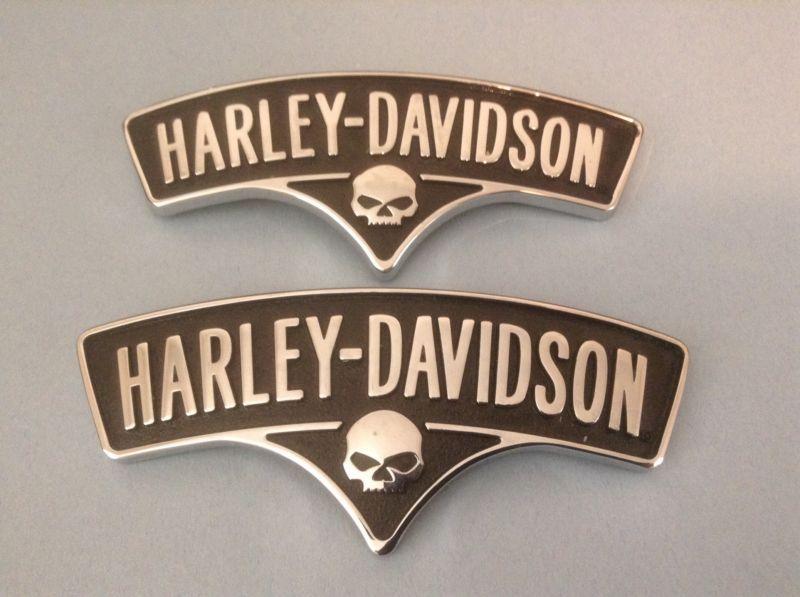 Harley Davidson Emblem: HARLEY DAVIDSON 2013 SOFTAIL CVO BREAKOUT FUEL TANK EMBLEM