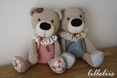 flower Rail - World Full of cuteness and amigurumi: Bears  Ooooooo  Cutest bears ever! Like everything on this page!