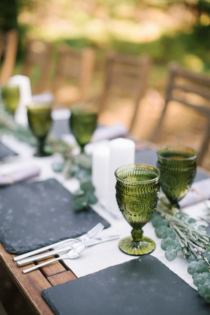 Neutral eco friendly wedding in the forest | Wedding decoration | fabmood.com #wedding #neturalwedding #ecofriendlywedding